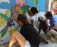 DemandGen and CULTIVATIVE collaborate on Community Mural at the General Hospital Roatán